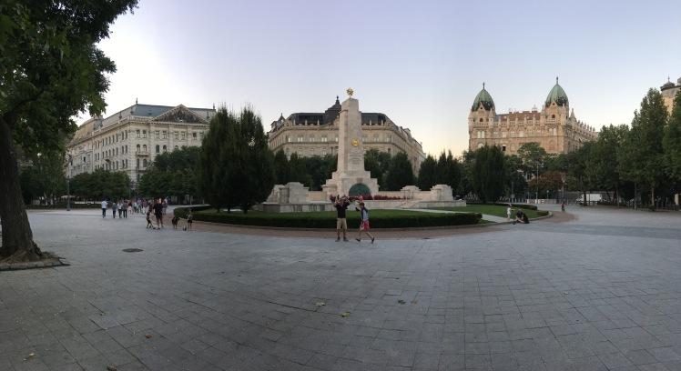 monumento-comunista